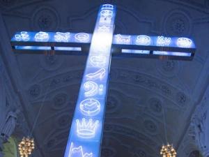 Lichtkreuz in Celler Stadtkirche sorgt für Diskussionen