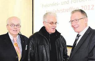 Neujahrstreffen im Kunstmuseum Celle mit Oberbürgermeister Dirk-Ulrich Mende (rechts), Robert Simon (links) und Künstler Peter Basler Foto: Peter Müller