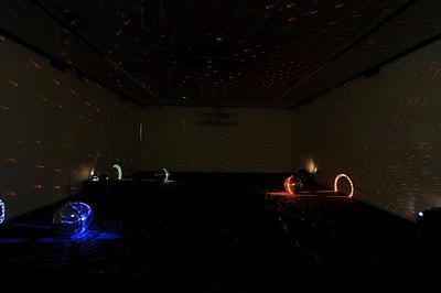 Ausstellungsansichten Mischa Kuball: