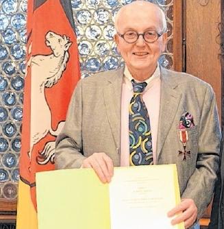 Verdienstkreuz für Robert Simon